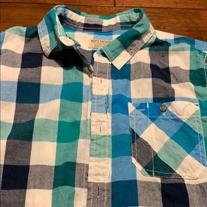 Other - Ruff Hewn Short sleeve shirt
